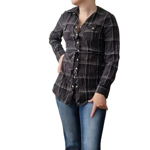 Suzy Shier Fitted Long Cotton Button Down Blouse